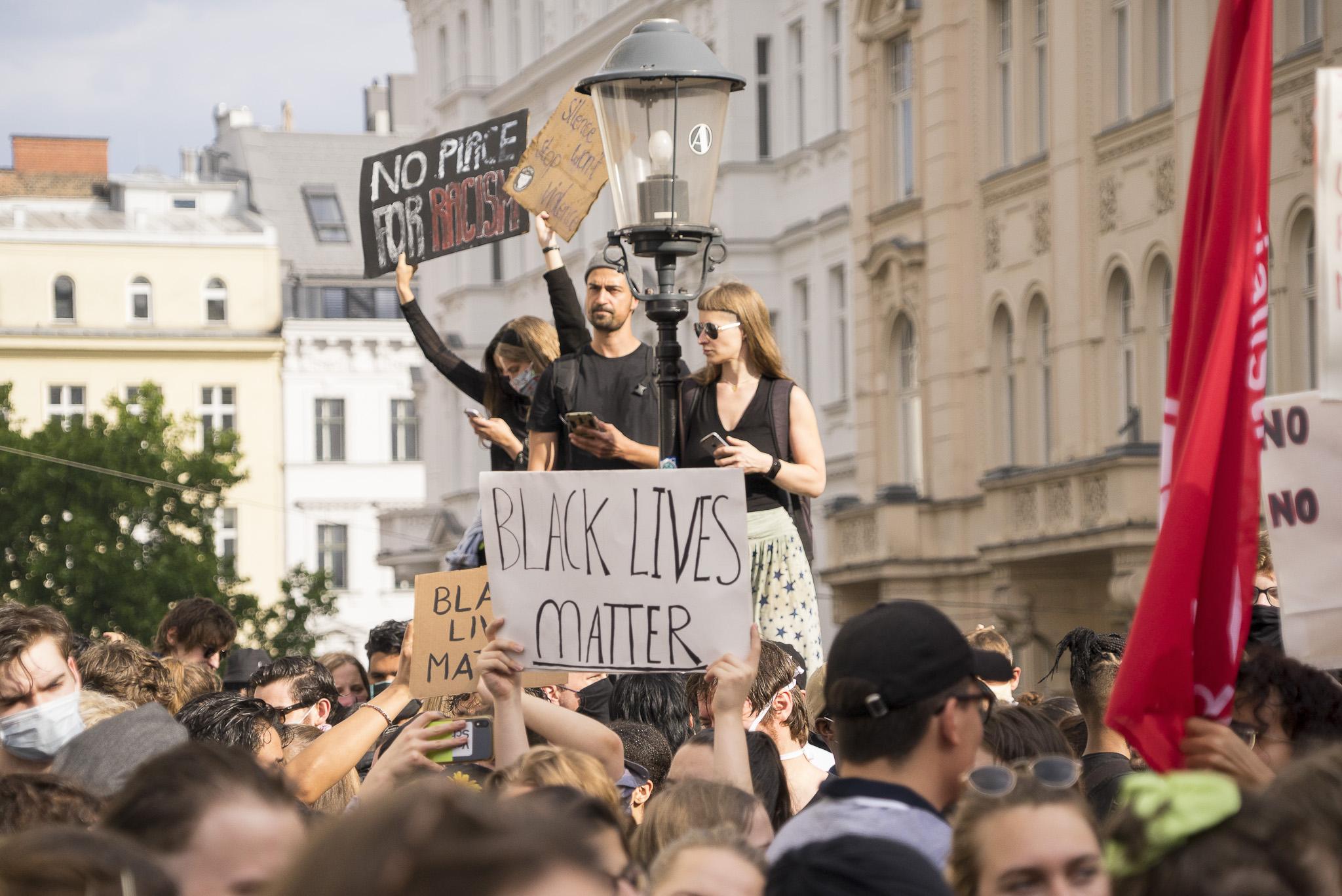 Nina Thiel_040620_Black-lives-matter_Vienna_07